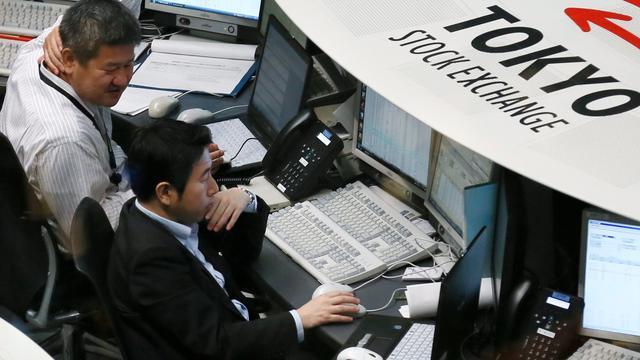 Nikkei klimt na Chinese rentestap