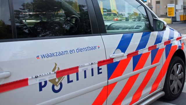 Grote politieactie tegenover Centraal Station om verdachte auto