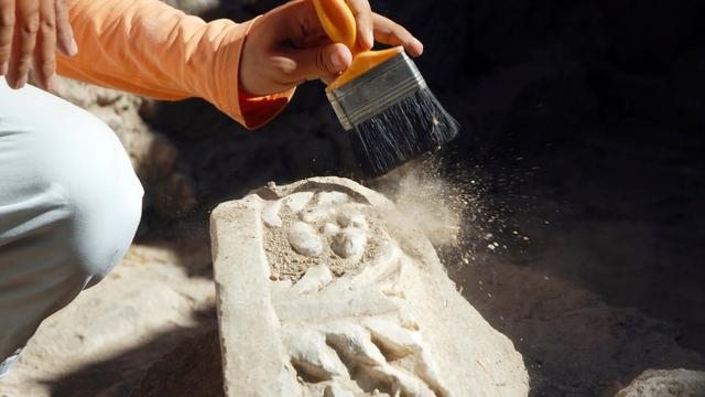 Resten middeleeuwse erven gevonden in Losser