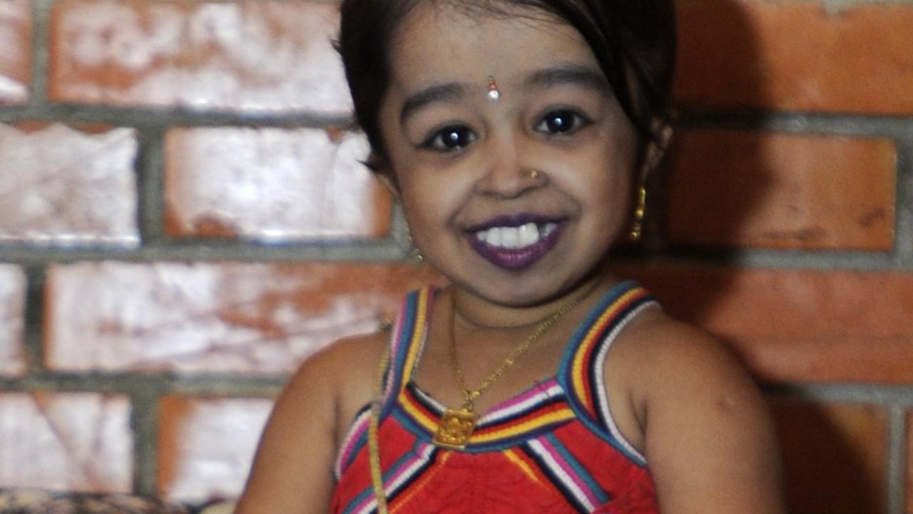 Kleinste vrouw ter wereld krijgt rol in american horror story nu het laatste nieuws het - Basket thuis van de wereld ...
