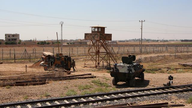 Dode bij schotenwisseling Turks-Syrische grens