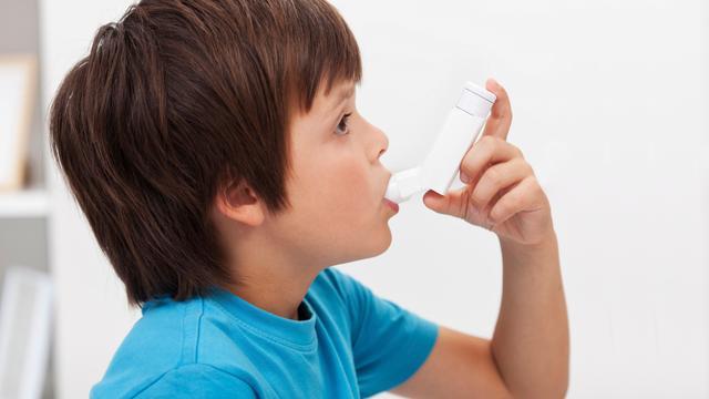Meer dan helft kinderen met diagnose astma heeft geen astma