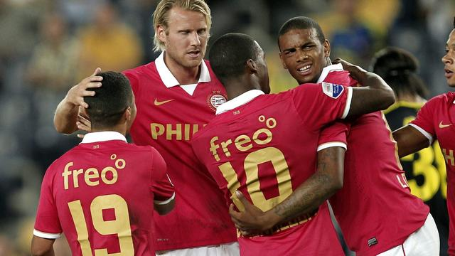 PSV verslaat Fenerbahçe, Feyenoord onderuit bij Hellas Verona
