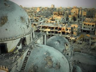 Na de bombardementen volgen nu de plunderingen