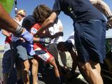 De Spanjaard eindigde als vierde in de tijdrit en nam zo de leiderstrui over van Nairo Quintana, die hard onderuit ging en vele minuten verloor.