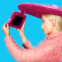 Acer maakt selfiesombrero met glitters