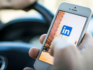 Functies LinkedIn worden geïntegreerd in Office en Windows