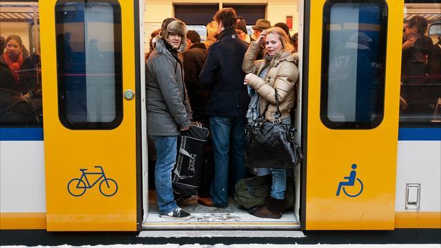 NS verlengt treinen op overvolle trajecten