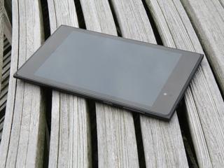 Lelijke tablet die toch 4 sterren krijgt (review)