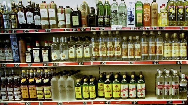 Utrechtse slijterijen leven alcoholregels nog niet goed na