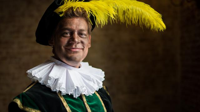 'Basisscholen in Amsterdam passen uiterlijk Zwarte Piet aan'