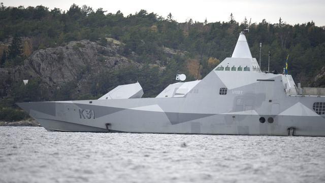 Hennis vindt spreken over aantallen nieuwe onderzeeërs voorbarig