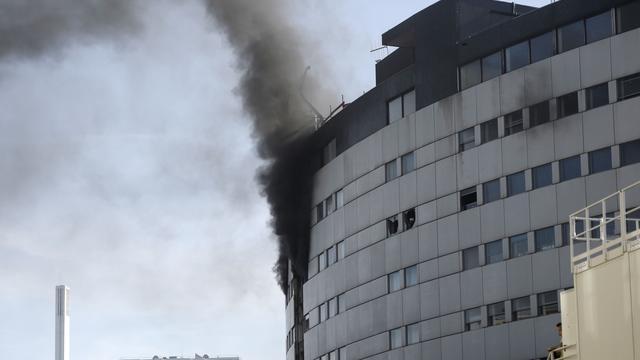 'Explosies en brand in kantoor publieke radio in Parijs'