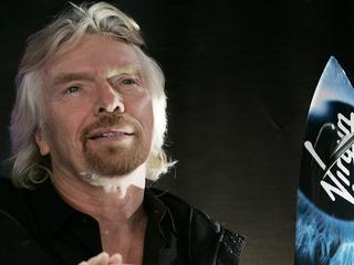 Richard Branson verwacht eind 2018 ritjes naar de ruimte te maken