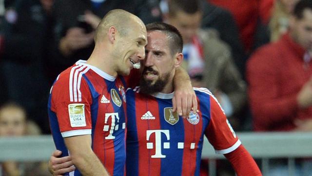 Robben schiet Bayern langs Dortmund, nederlaag Barcelona