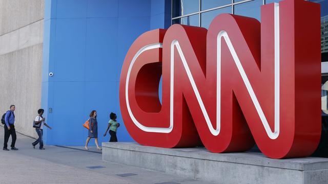Drie CNN-journalisten weg na intrekken bericht over vertrouweling Trump