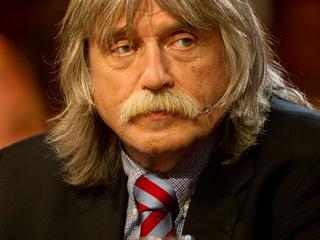 Oud-hoofdredacteur kreeg maandelijks 9.000 euro voor zijn columns