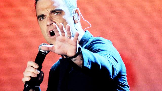 Robbie Williams krijgt 1,8 miljoen euro voor optreden op bruiloft