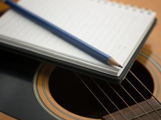 Ferrer schreef het lied dat tijdens het huwelijk van koning Willem-Alexander werd gespeeld