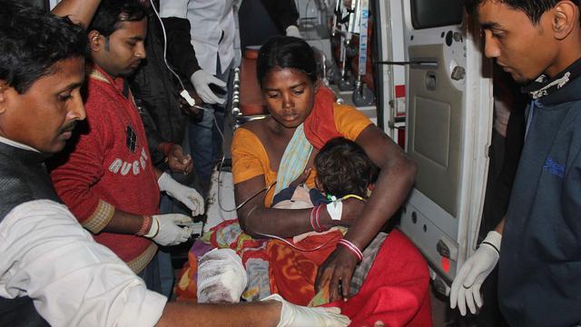 Rebellen doden tientallen mensen in dorpen India