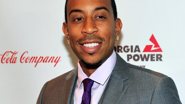 Ludacris en Vanessa Hudgens presenteren Billboard Music Awards