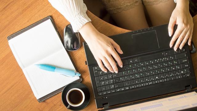 'Vrouw werkt niet meer uren na ontslag echtgenoot'