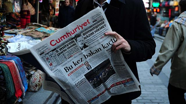 Hoofdredacteur Turkse oppositiekrant opgepakt