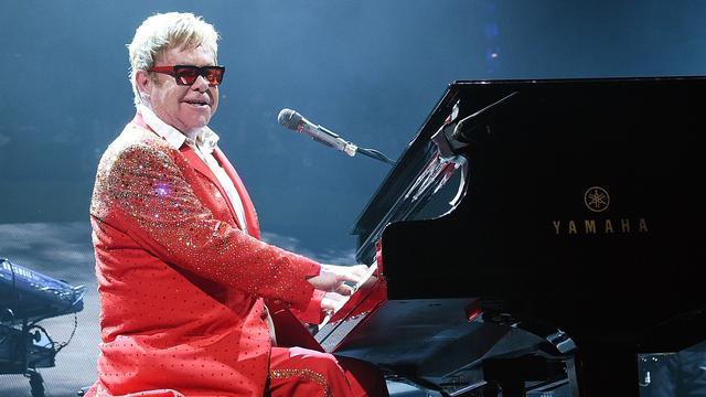 Zanger Elton John wil minder gaan optreden