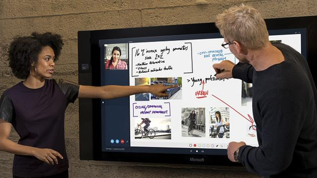 Microsoft start verkoop gigantisch Surface Hub-touchscreen
