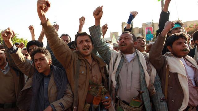 Houthi-rebellen in Jemen om de tafel met rivalen