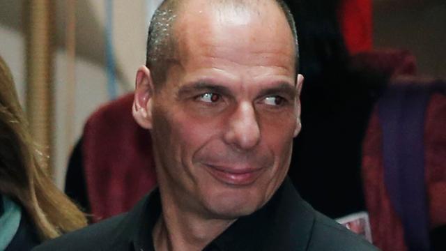 Griekse ex-minister Varoufakis licht zijn plannen toe in Amsterdam