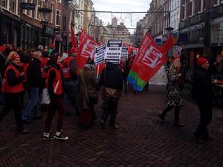 FNV wil dat werkgevers stoppen met het geven van onzekere contracten