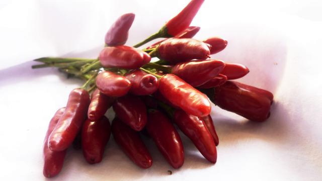 'Chilipepers helpen om af te vallen'