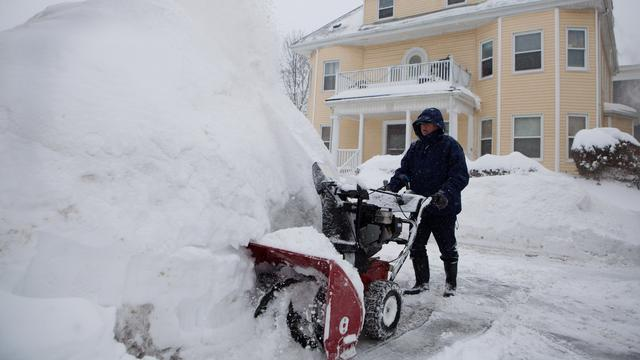 Noodtoestand in Amerikaanse stad Boston om extreme sneeuwval