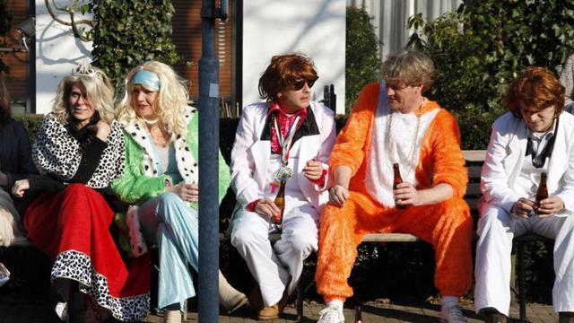 Leutpenning tijdens carnaval in Breda met tien cent omhoog