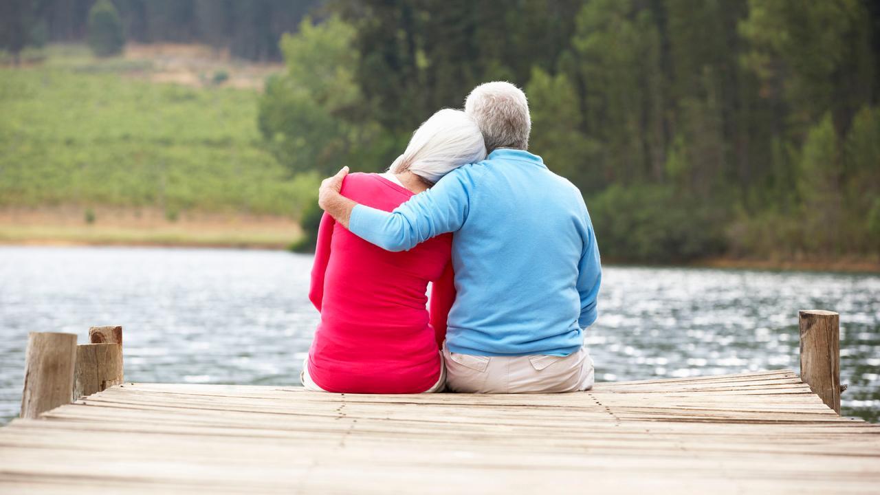 Hoe flirten oudere mannen