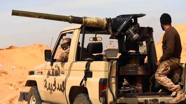 Strijd tussen IS en leger in Libië