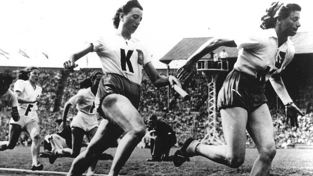 Oud-olympisch kampioene Van der Kade-Koudijs (91) overleden