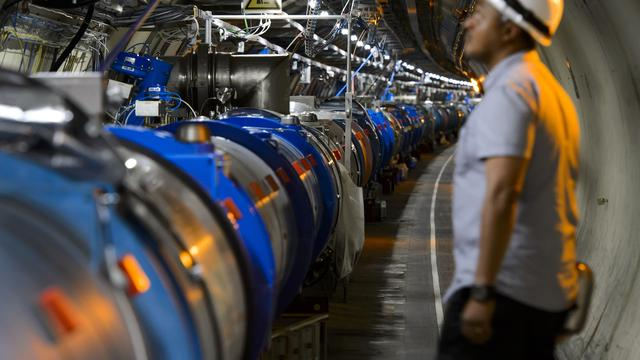 'Deeltjesversneller LHC kan worden gebruikt als neerslagmeter'