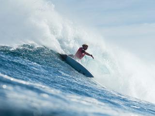 Surfers en Brouwerseiland B.V. staan pal tegenover elkaar
