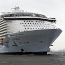 Grootste passagiersschip onderweg naar werf