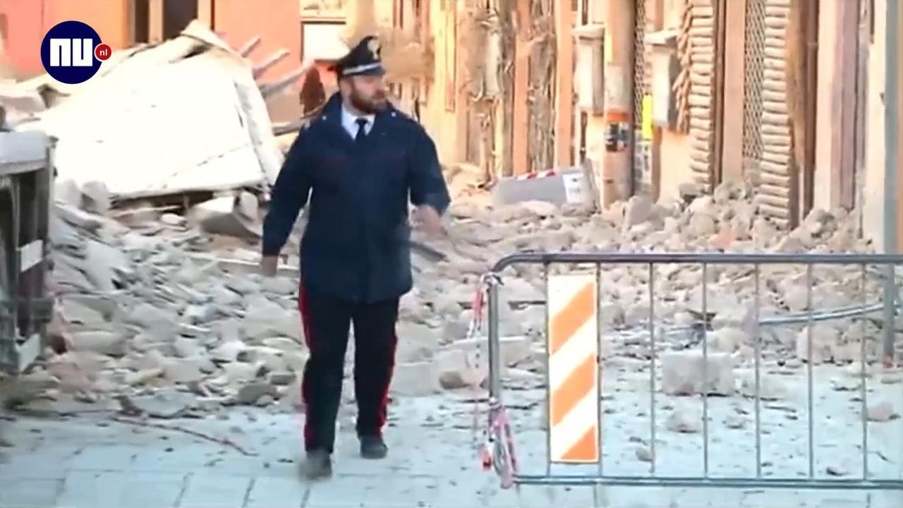 Inwoners Centraal-Italië verlaten huizen na aardbeving