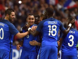 Thuisland in Parijs met 2-1 te sterk in eerste groepswedstrijd