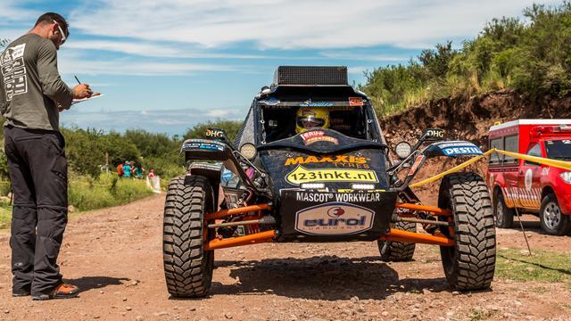 Tim Coronel baalt van problemen tijdens tweede etappe