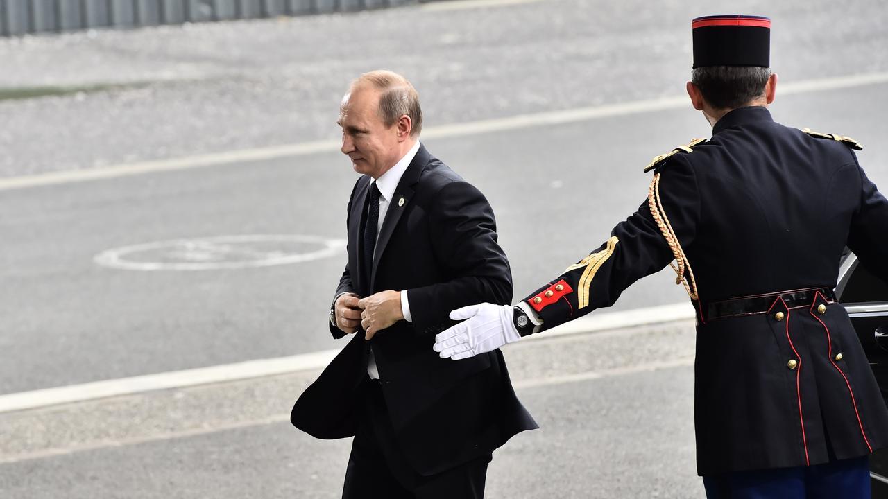 Zo lopen Poetin en premier Dimitry Medvedev