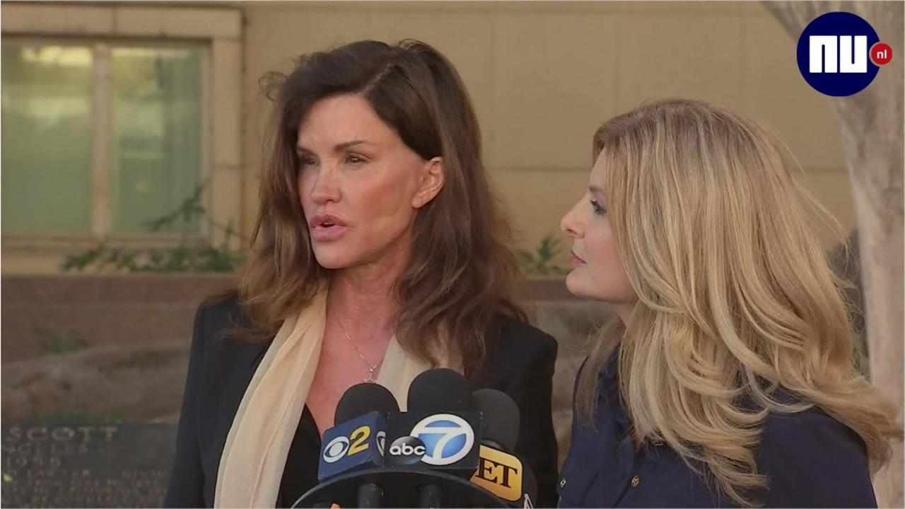 Janice Dickinson reageert op uitspraak rechter over zaak tegen Cosby