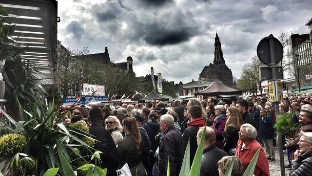 Drukte in binnenstad wegens Bloemenjaarmarkt Groningen