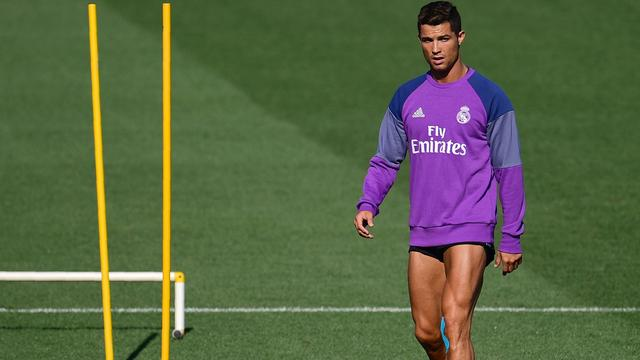 Ronaldo klaar voor rentree bij Real Madrid, Messi hervat training in Barcelona