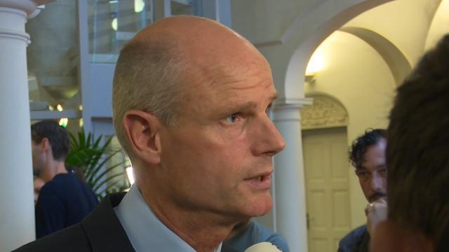 Minister Blok: 'Geen maatregelen Nederland na aanslagen Spanje'