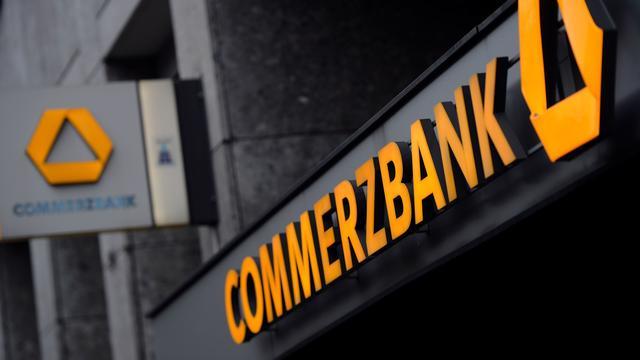 'Negenduizend ontslagen bij Commerzbank'